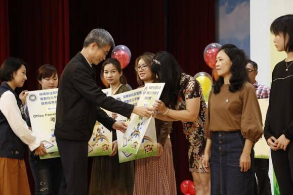 移民署幫助大陸新娘越南新娘外籍新娘新住民營造數位新生活